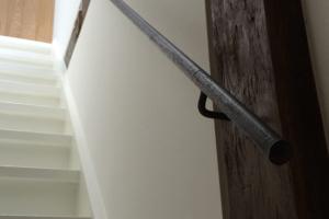 trapleuningen van zwart staal