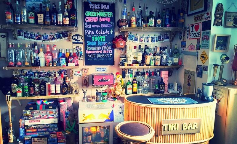 een bar kan voldoen aan vele wensen en als je hem helemaal perfect wil hebben, maak je eigen bar in huis!